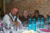 2013. Bucureşti. Cu Nora Iuga şi Valeriu Mircea Popa la o seară de poezie şi vin