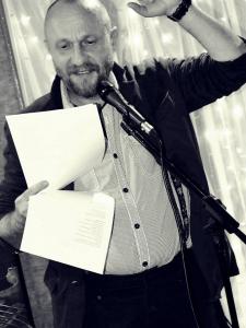 Februarie 2014. Lectură la Clubul Amethyst, Constanţa. Foto: Lucia Tarase