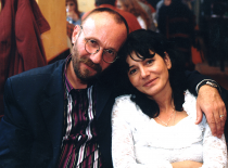 Cu soția, Mirela