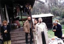 Anii �90. La Desești, �n ograda poetului Gheorghe P�rja. Cu Florica Bud, Eugen Suciu, Laurențiu Ulici, Dan Cristea