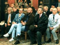 Anii '90. La Sala Oglinzilor de la USR. Nicolae Prelipceanu, Valentin Hossu Longin, Jozsef Balogh, Gheorghe Iova, Mihail Gălățanu