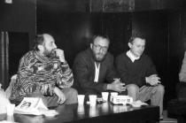Anii '90. La Clubul Facultății de Litere, cu Doru Mareș și Ioan Es. Pop